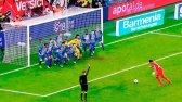10 مورد از جالب ترین لحظات در بازی فوتبال