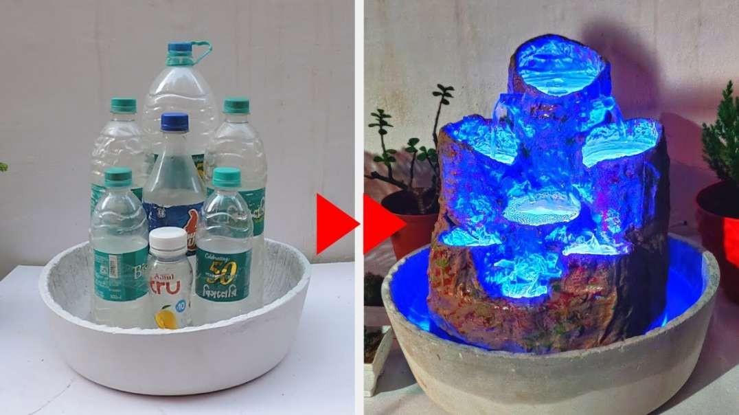 چشمه های شگفت انگیز آب با بطری های پلاستیکی